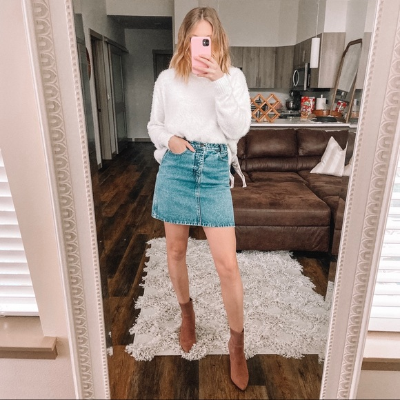 Calvin Klein Jeans Dresses & Skirts - Vintage Calvin Klein denim skirt